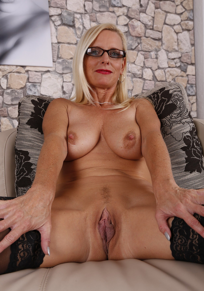 Mature-nl-01-vertical-0007