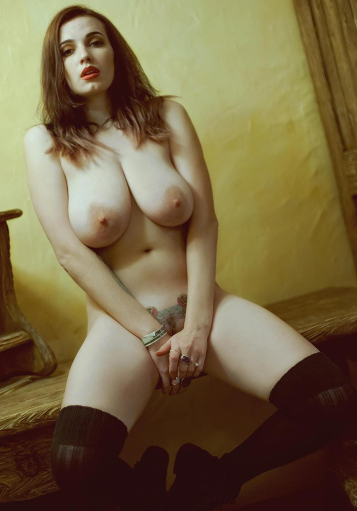 Suicide-girls-01-vertical-0005