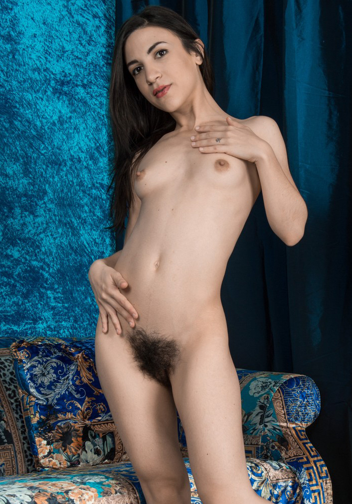 We-are-hairy-01-vertical-0009