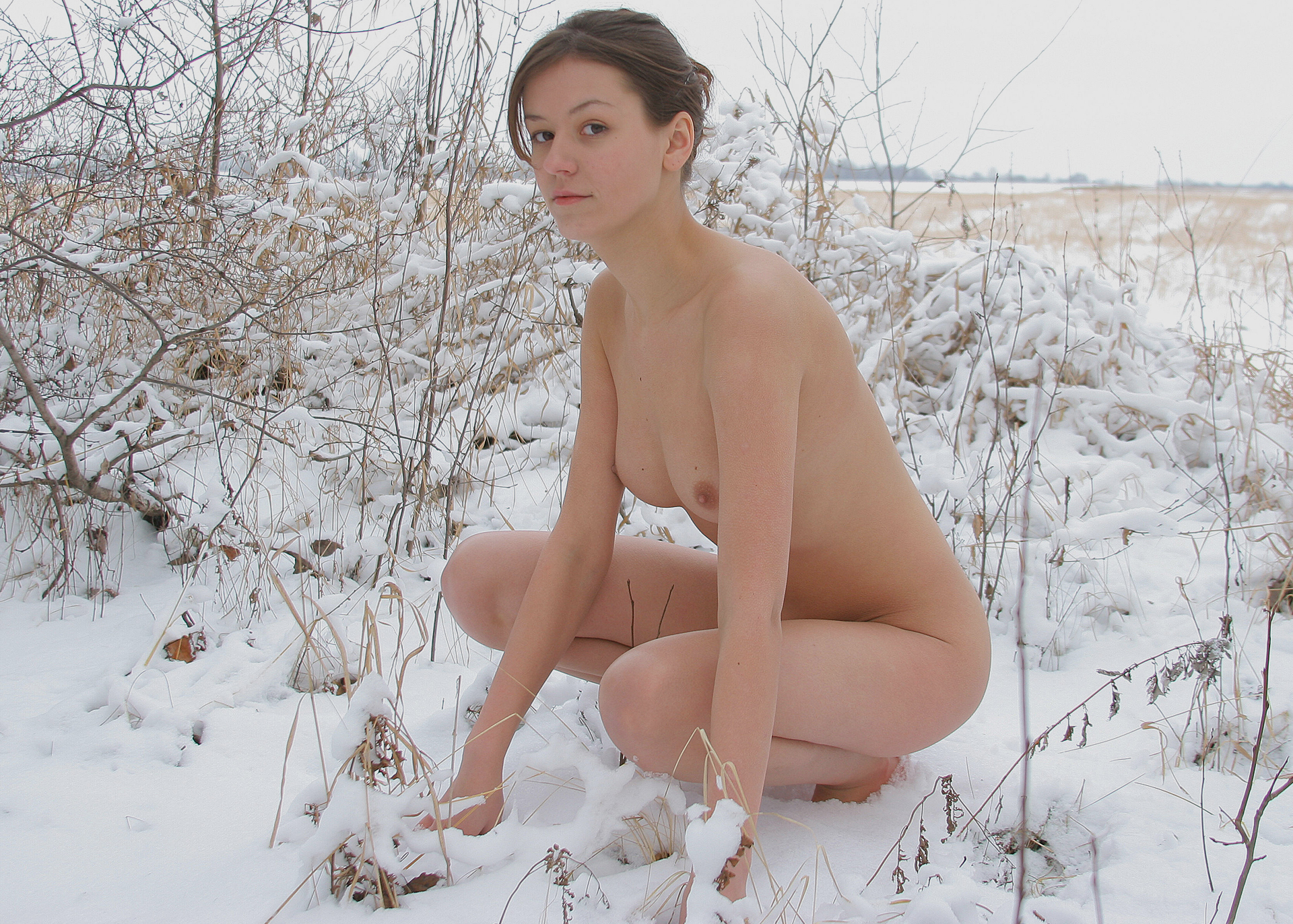 See and save as amateur girl nude and barefoot in snow porn pict